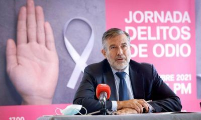Enrique López leyes no derogables